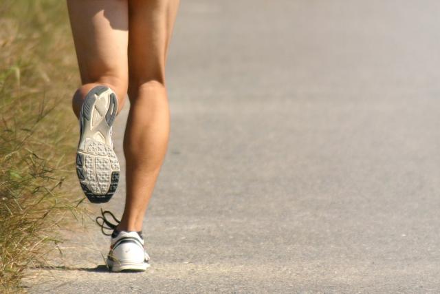 足が細くなる方法3 筋肉を使う方法
